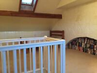 STILL AVAILABLE large attic room to rent £80.00 n Guiseley