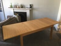 IKEA Table good as new - extendable can seat 10