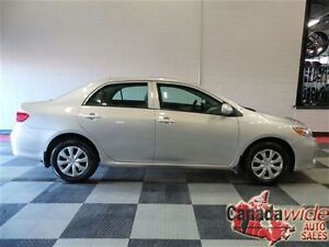 2013 Toyota Corolla 1 OWNER, LOW KMS, SUNROOF, EASY FINANCING
