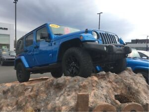2016 Jeep Wrangler SAHARA, DUAL TOP, LOW KM, EXTREMELY CLEAN