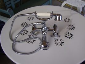 CHROME BATH TAPS WITH SHOWER ATTACHMENT
