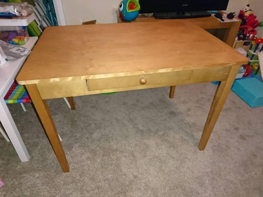 Whittington Play Table