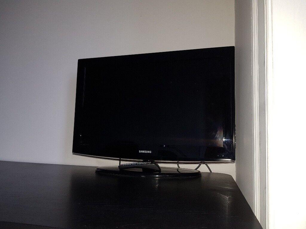 Samsung TV black