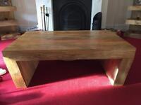 Mantis oak Coffee table