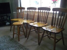 Kitchen chairs (4 chairs )