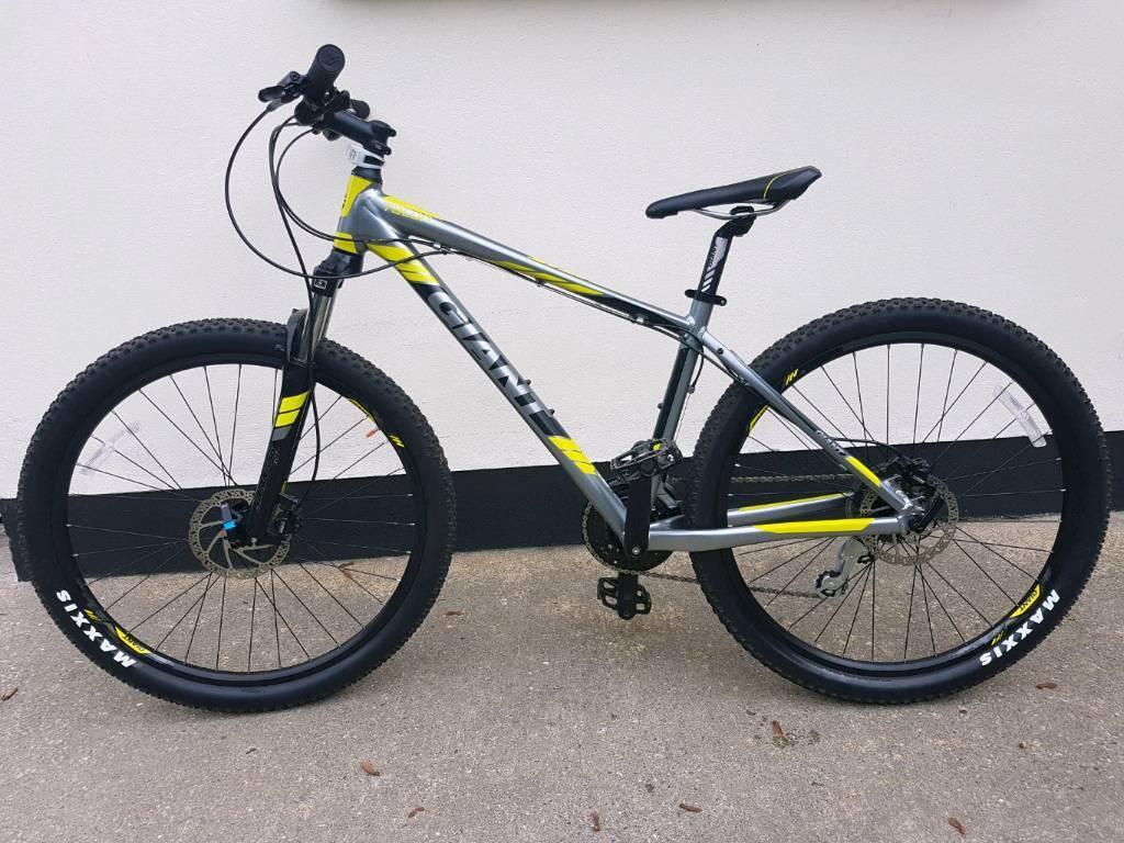 2016 Giant Talon 4 29er mountain bike | in Londonderry ...