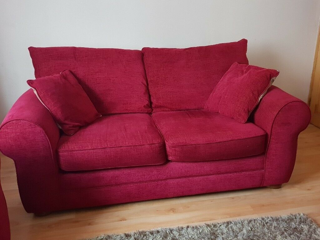 Beautiful and comfortable 2 seater sofa and 2 armchairs ...