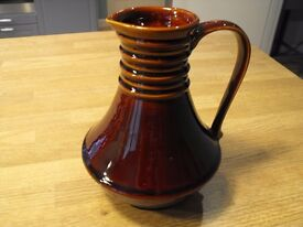 DENMEAD JUG IN BROWN