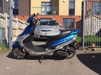 Learner Moped Grey/Blue 50cc Low Milage Durable Starts and Runs Perfectly