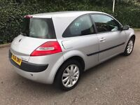 BARGAIN OF THIS WEEK**2006 Renault Megane 1.4 extreme 3DR ** CHEAP TAX & INSURANCE LOW MILEAGE