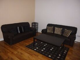 3 Bedroom House on Harold Grove in Hyde Park!! £69 PWPP!! Available: 21st July!!