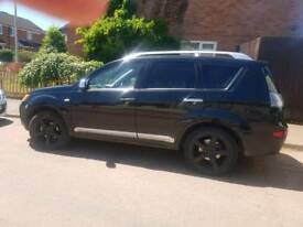 Mitsubishi outlander warrior 7 seater