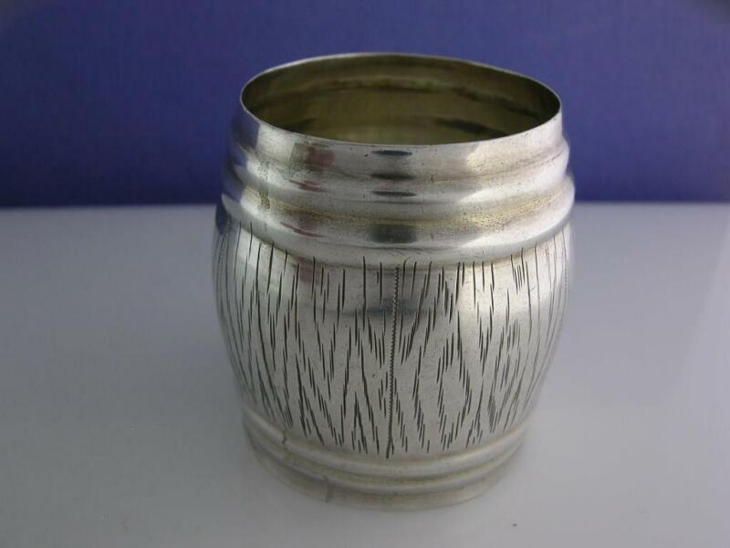 Antique Russian Silver NAPKIN RING Barrel Shape & engraved wood grain
