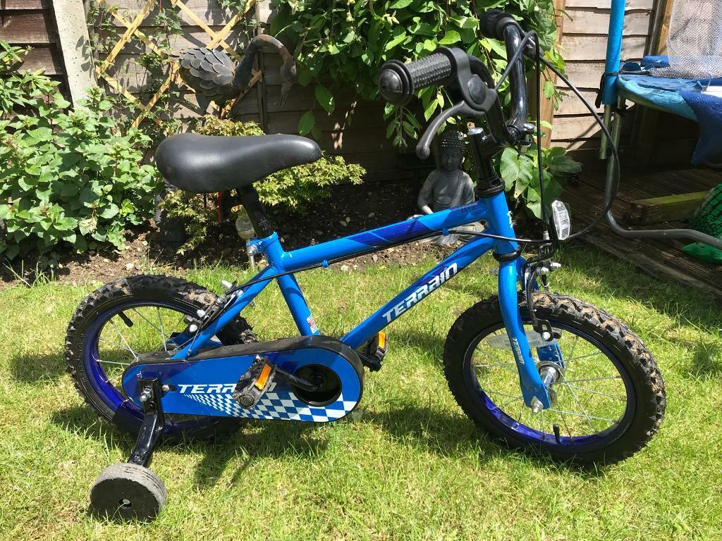 ecdd2f3f74d Childrens first bike with removable stabilisers | in Stowmarket, Suffolk ...