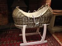 Clare de Lune Moses Basket Noah Pod with rocking stand