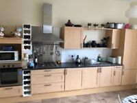Complete kitchen including appliances for sale £400