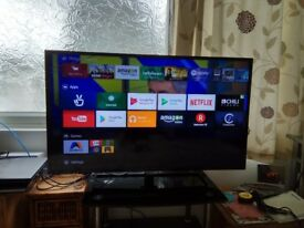 "40"" Philips Full HD Slim LED TV powered by Android™ 40PFT5500 Dual Core; 8GB & expandable DVB-T/T2/C"