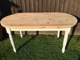 Beautiful chunky solid pine table
