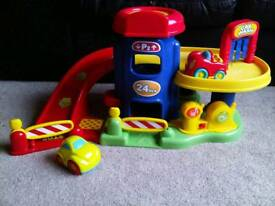Toy Garage/Car Park with cars