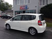 2008 Honda Fit SPORT! LOOKS DRIVES LIKE NEW A/C
