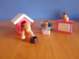 Rosebud wooden doll's house pets