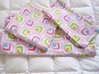 Kind size pink cotton bed linen set