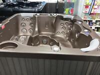 Wellis Dream Ex Display 6 Man hot tub spa