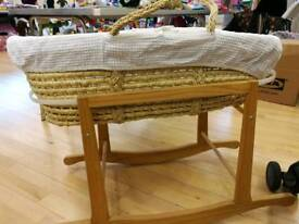 moses basket with rocking base and mattress