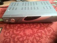 SAMSUNG DSR9500 VIA CI DVB (NO REMOTE)