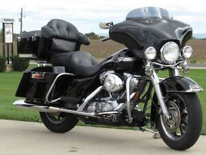 2003 harley-davidson FLHT Electra Glide  100th Anniversary  ONLY London Ontario image 3