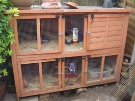 £35 Rabbit Hutch for Sale - NW London - also include for free some rabbit food, hay etc..