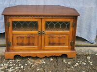 Old Charm TV Cabinet / Stand