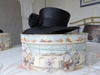 Ladies Hat in Navy with hat box