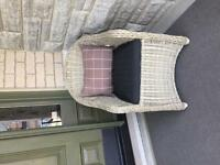 Outdoor patio chair