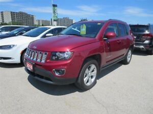 2016 Jeep Compass North - 4x4, ,leather, bluetooth, Heated Seats