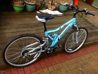 Shockwave xt 700 unisex mountain bike
