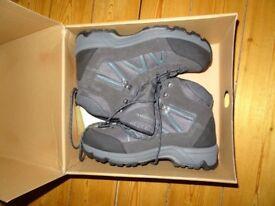 Brand New Brasher Lithium GTX ( Gore Tex) Mens Walking Boots - Size 10