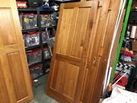 Quality Hardwood Doors, Very Good Condition, Clear Varnish Coat, Sold As A Batch of 17