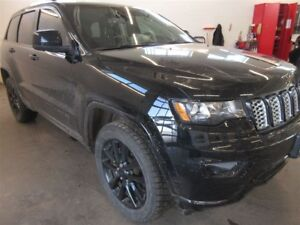 2018 Jeep Grand Cherokee Laredo- 4x4! BACK-UP CAM! ALLOYS! NAV!
