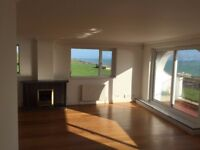 luxury 3 bedroom first floor sea view flat with balcony in Roedean over looking Brighton Marina.