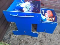 "DISNEY ""CARS"" DESK & STOOL"