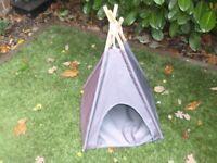 Waterproof cat tepee