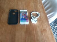 Apple iPhone 8 - 64GB White UNLOCKED good condition and fully working