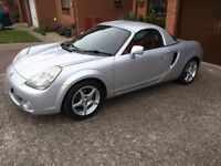 2004 Toyota MR2 Roadster with Hardtop
