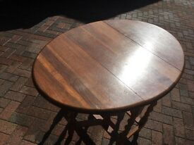 oak drop-leaf vintage dining table