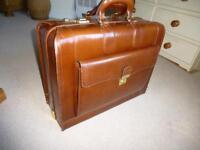 Beautiful leather Pilot/Briefcase