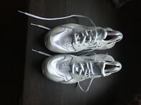 Nike Huarache Triple White Size UK 5.5