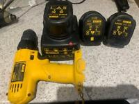 Dewalt drill with 3 12volt 1.3ah batteries and charger