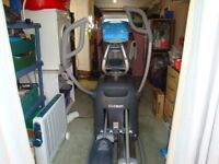Octane Fitness Cross Trainer Q3 7Ci - (offers considered)