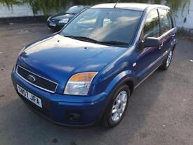 Ford Fusion Automaticcar long mot and full service history 2 keys
